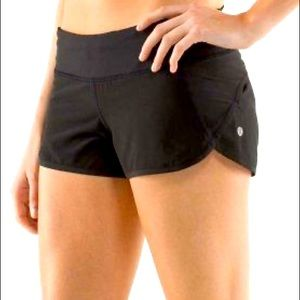 🖤🏃🏽♀️Lululemon GUC Run shorts sz 2 🖤